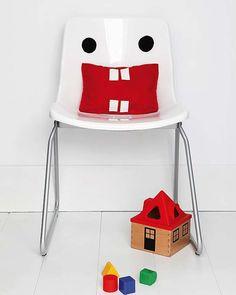 For kids! / Pour enfants! Funny monster chair! /Une drôle de chaise monstre!
