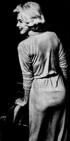 """Marilyn Monroe in Mexico, 1962. """