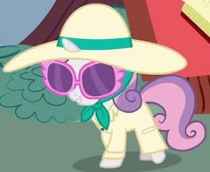 Sweetie Belle in disguise ID Giraffe Costume, Bear Costume, Detective Outfit, Marie Antoinette Costume, Sheep Costumes, Crystal Ponies, Caterpillar Costume, Sweetie Belle, Super Hero Outfits