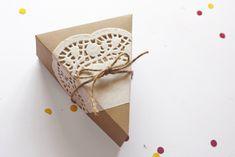 DIY pie slice/wedge box