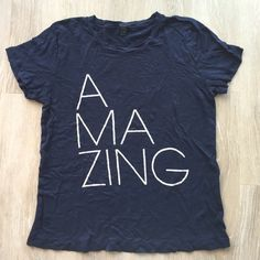 Amazing j.crew t-shirt! Amazing j.crew t-shirt! In great condition. 10% off bundle of 3 or more. Make me an offer! No trades!❤️ J. Crew Tops Tees - Short Sleeve