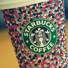 If you don't throw away your Starbucks cup, refills are only 50 cents. I now present bedazzled starbucks cup Starbucks Coffee, Copo Starbucks, Starbucks Drinks, Starbucks Tumbler, Starbucks Crafts, Starbucks Gold, Starbucks Pumpkin, Starbucks Recipes, Coffee Recipes