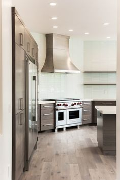 Murdock Builders is one of Utah's Premier Home Builders Custom Home Builders, Custom Homes, Mountain Modern, Utah, Kitchen Cabinets, Home Decor, Decoration Home, Room Decor, Cabinets