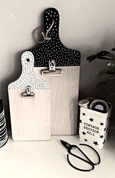 Dekoracyjne deski - tablice - Dwa Guziki - design dla Twojego domu. 100% hand made.