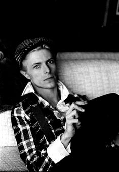 Never Before Published Photos Reveal Clues Bowie Left Before His Death | Huffington Post