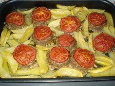 Η Τζίνα κάτι μαγειρεύει.... : Αφράτα μπιφτέκια με πατάτες φούρνου