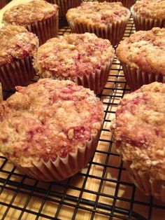 Leftover Cranberry Sauce Muffins - moist on the inside, with a crumbly streusel topping!