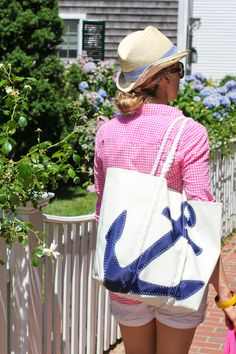 Place to Be: Martha's VineyardWhen: July 4th  What to Wear: Shirt: J Crew, Shorts: James Perse, Necklace: Liandi, Bracelet: J Crew, Hat: H, Handbag: Sea Bags