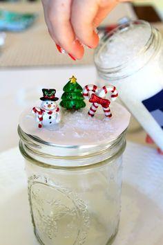 DIY Mason Jar Snow Globes Tutorial - Creative Cynchronicity Clear Christmas Ornaments, Christmas Snow Globes, Christmas Mason Jars, Christmas Decorations, Christmas Wreaths, Diy Christmas Gifts For Friends, Easy Christmas Crafts, Christmas Ideas, Christmas Sweets