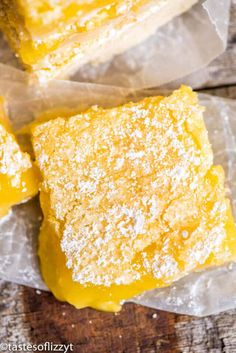 Bright, tangy lemon bars recipe with a shortbread crust and lemon custard filling. A simple powdered sugar dusting makes these fruit bars a classic! 3 Ingredient Shortbread Cookie Recipe, Shortbread Crust, Lemon Pie Bars, Lemon Pie Recipe, Apple Pie Recipes, Lemon Recipes, Cookie Recipes, Lemon Desserts, Easy Desserts