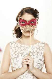 Ravelry: Photo booth disguises pattern by Christine Harvey Cute Crochet, Knit Crochet, Cottage Crafts, Crochet Wedding, Crochet Magazine, Rose Cottage, Mardi Gras, Photo Booth, Ravelry