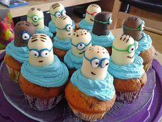 Minion cupcakes - Food: Kuchen/Cupcakes/Muffins/Sweets - For Life Food Mini Desserts, Fall Desserts, Lemon Cupcakes, Mini Cupcakes, Cupcake Cakes, Cupcakes Fall, Baby Cupcake, Party Cupcakes, Minion Cupcakes Recipe