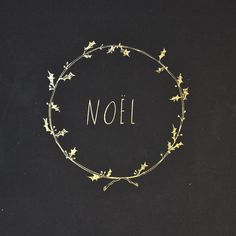 ZsaZsa Bellagio – Like No Other sketched Noel and holly wreath Christmas Time Is Here, Merry Little Christmas, Noel Christmas, Winter Christmas, Winter Holidays, All Things Christmas, Christmas Crafts, Christmas Decorations, Christmas Border