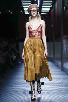 Gucci Ready To Wear Fall Winter 2015 Milan - NOWFASHION