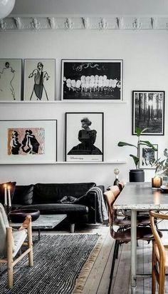50 Amazing Living Room Designs With Floating Shelves Apartment Living Room Amazing Designs Floating living room Shelves College Living Rooms, New Living Room, Apartment Living, Living Spaces, Small Living, Apartment Design, Modern Living, Apartment Ideas, Minimalist Living
