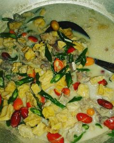resep sayur lodeh instagram Fried Banana Recipes, Fried Bananas, Meal Prep Plans, Lumpia, Indonesian Food, Food Videos, Fries, Curry, Veggies
