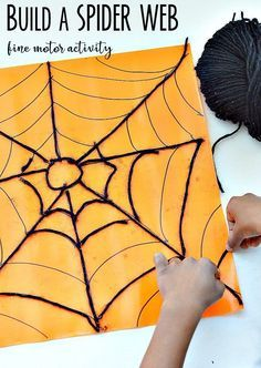Build a spider web with yarn : Halloween fine motor skills activity (Pre K Halloween Crafts) Halloween Class Party, Halloween Activities, Autumn Activities, Halloween Themes, Halloween Crafts, Preschool Halloween, Motor Skills Activities, Fine Motor Skills, Insect Activities