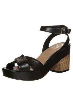 Sandalias con plataforma - negro
