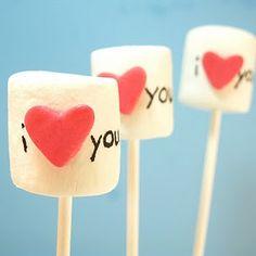 101 #valentines day ideas My Funny Valentine, Valentines Day Treats, Valentine Day Love, Valentine Gifts, Kids Valentines, Decorated Marshmallows, Party Fiesta, Happy Hearts Day, Bonbon