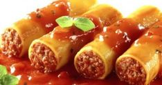 Cannelloni with Minced Meat Cannoli, Mince Recipes, Pasta Recipes, Cookbook Recipes, Cooking Recipes, Greece Food, Macaroni Pasta, Greek Cooking, Fast Easy Meals