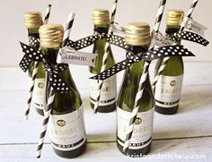 Mini-Champagne Bottle Engagement Party Favors {Free printable} #weddingfavor #engagementparty #freeprintable