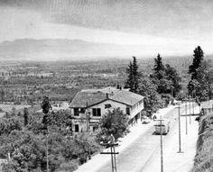 ÇEKİRGE CADDESİ (Sağda çatısı görülen bina şimdi ki Çekirge Karakolu)