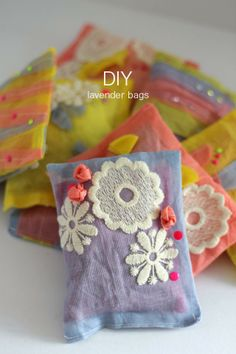 Lotts and Lots | Making the everyday beautiful: DIY - lavender bags
