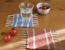 Tear feito de papelão – aprenda a tecer uma toalhinha de mesa
