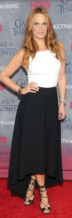 Who made  Molly Sims' black and white maxi dress that she wore in New York on March 18, 20914?