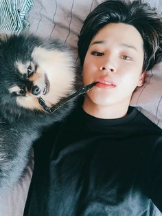 Last broadcast on M!Countdown! Thank you for giving us a big present right up till the end Do look forward all the way to the end of promotions I came to meet Tanie today, for the entire day, he bit on the straw I was biting on .. #JIMIN #OurARMYsReceivedAnAward