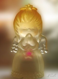 lighted angel http://collectiblesfigurine.com/