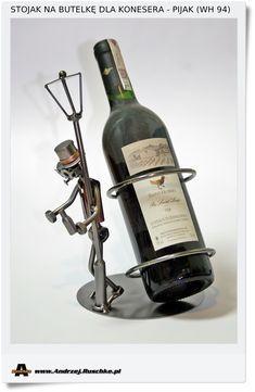 Stojak na butelkę dla kolegi konesera trunków Pijak