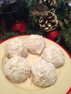 Another Gramma recipe... Snowballs! So few ingredients, and so simple, but melt-in-your-mouth AMAZING. #recipe #thegoldlininggirl