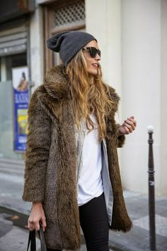 How to Chic: BEANIE AND FUR