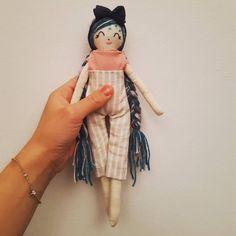 """53 """"Μου αρέσει!"""", 4 σχόλια - chingoleleta💜 (@chingoleleta) στο Instagram: """"🌟She reminds me of Paris.. . .  Maybe I'm wrong but that's what I feel while watching her. . . Do…"""" Handmade Dolls, Paris, Feelings, Instagram, Montmartre Paris, Paris France"""