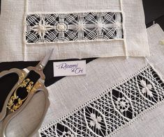 Tambour Embroidery, Hardanger Embroidery, Embroidery Stitches, Embroidery Patterns, Hand Embroidery, Chain Stitch, Cross Stitch, Drawn Thread, Needle Lace