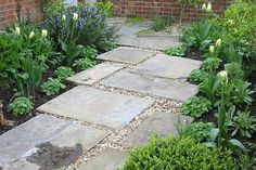 Similar to our slabs but style a bit too rustic: London Stone Reclaimed Yorkstone Paving Like the pea shingle between the pavers. Good for drainage too. Gravel Patio, Garden Paving, Garden Paths, Pergola Patio, Outdoor Pavers, Garden Steps, Side Garden, Backyard Pool Landscaping, Backyard Patio Designs