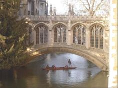 Bridge of Sighs (Cambridge, England).