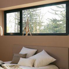 Bedroom Window Design, Bedroom Windows, Modern Windows, Arched Windows, Aluminum Windows Design, Window Behind Bed, Master Suite Layout, Home Bedroom, Bedroom Decor