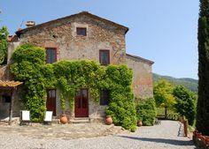 Il Leccio - Segromigno in Monte - Lucca http://www.salogivillas.com/en/villa/il-leccio-22AB