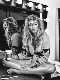 Gigi Hadid wear sweater in Vogue Netherlands November 2015 issue Photoshoot