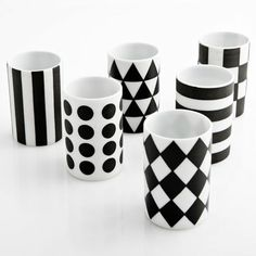 Like the bold patterns...mini cups!