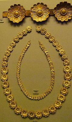 Ancient Greece, Myceneae Gold Jewelry. 15thc. BC