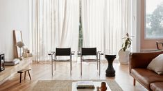 A Furniture Designer's New York-Style Loft Apartment…In West Melbourne! Architectural Digest, Living Room Decor, Living Spaces, Interior Architecture, Interior Design, The Design Files, Minimalist Living, Elegant Homes, Apartment Design
