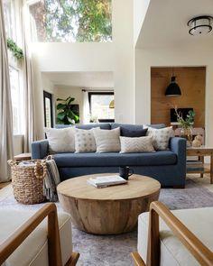 living room with 2 entrances idea Blue Couch Living Room, Home Living Room, Living Room Furniture, Living Room Designs, Living Room Inspiration, Home Decor Inspiration, Boho Home, Studio Mcgee, Home Renovation