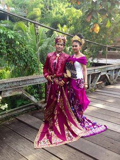 Traditional Balinese wedding dress