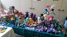 All the sock monkeys! The Violet Pincushion Stand http://thevioletpincushion.blogspot.co.uk