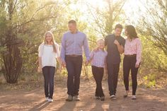 8 Tips for a Happy Family Portrait Session.  Family portrait. Gilbert, AZ. Jubilee Family Photography.