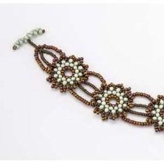 Peanut Beads Free Tutorial on how to make the Pocketful Posies Bracelet