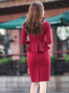 Korean Fashion – How to Dress up Korean Style – Designer Fashion Tips Bodycon Dress With Sleeves, Peplum Dress, Dress Up, Pencil Dress Outfit, Coat Dress, African Fashion Dresses, Fashion Outfits, Fashion Hacks, Professional Outfits
